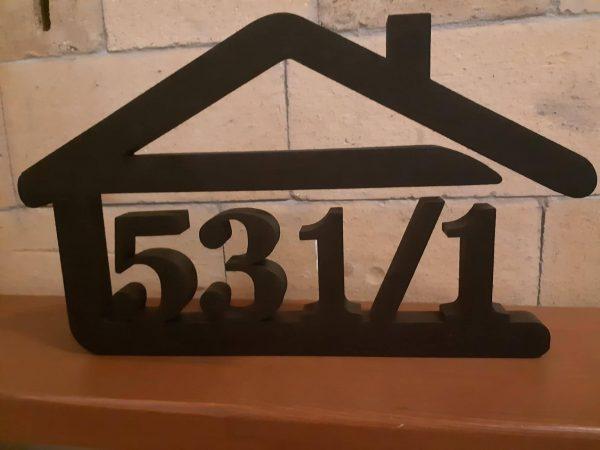 súpisné číslo na dom v tvare domčeka - 5 číslic - farba čierna