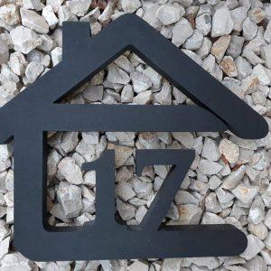 súpisné číslo na dom v tvare domčeka - 2 číslice - farba antracit
