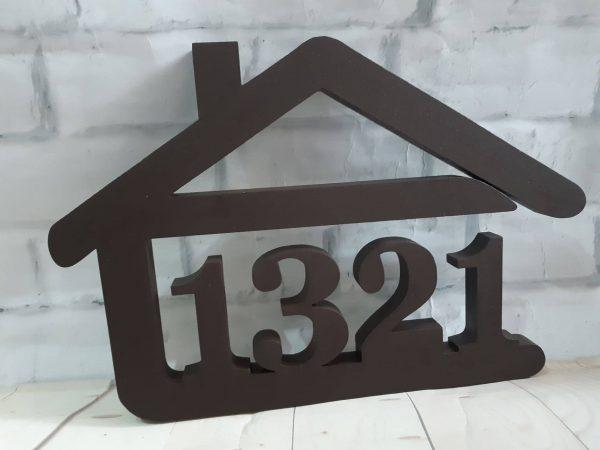 súpisné číslo na dom v tvare domčeka - 4 číslice - farba čoko hnedá