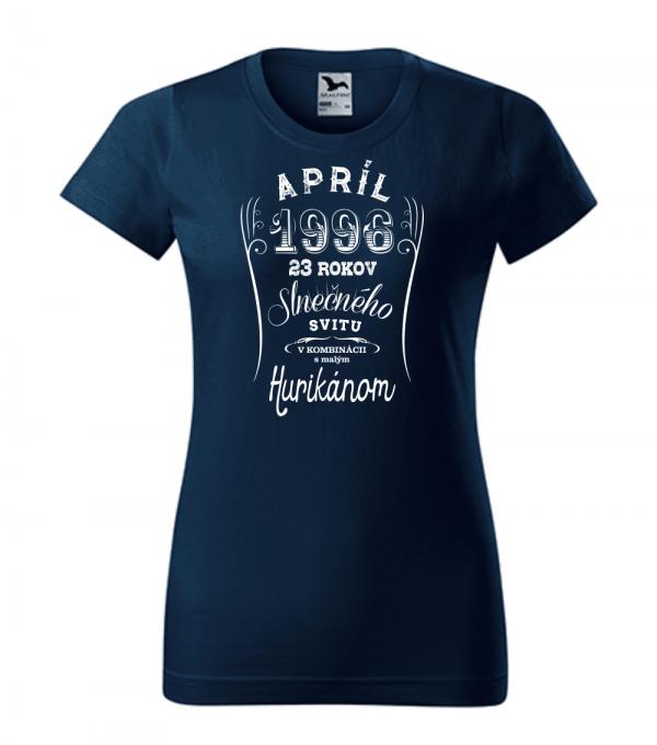 apríl niekoľko rokov slnečného svitu s malým hurikánom smaragdovo tmavo modrá 02