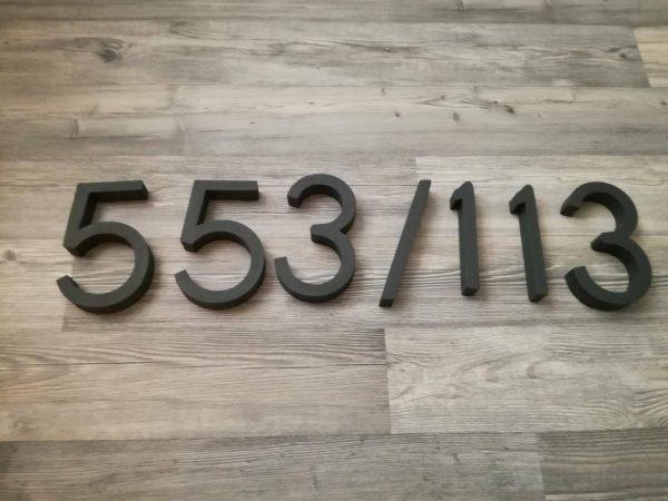 súpisné číslo na dom horatio D, farba antracit