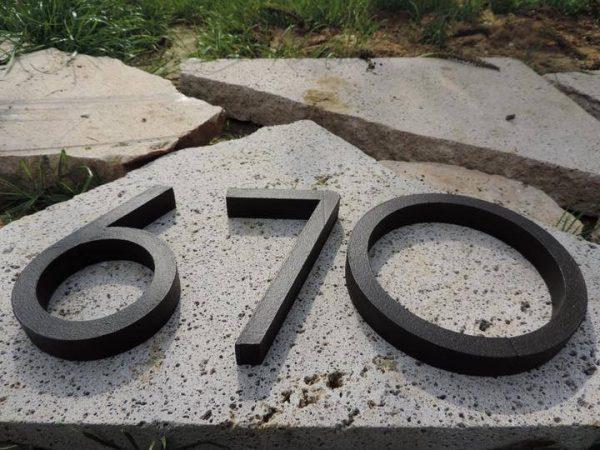 súpisné číslo na dom horatio D, farba palysander