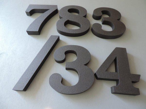 súpisné číslo na dom ITC Bookman demi, farba farebné čoko