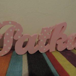 detské meno na stenu, vzor Paťka