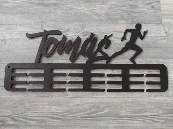 Držiak na medaile bežec čierny Tomáš