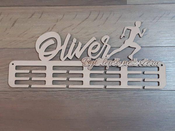 Držiak na medalie prírodná natur farba Oliver s textom