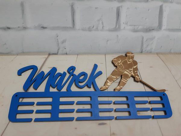 Vešiak na medaile hokejista Modrá Marek