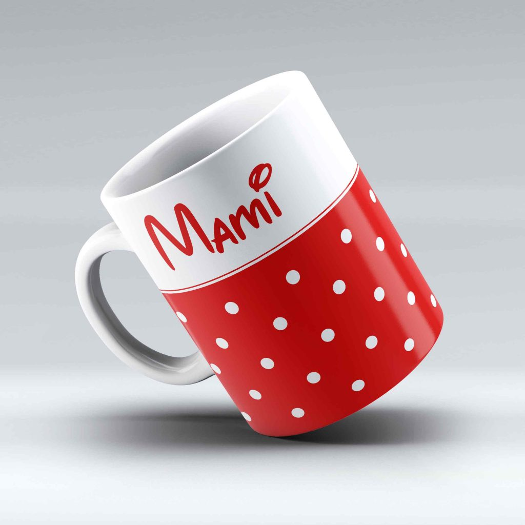 bodkovaná šálka s nápisom Mami, červená