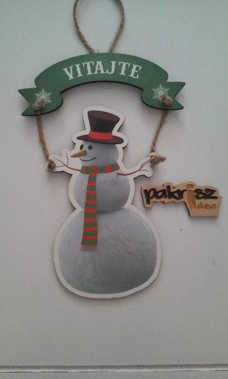 Tabuľka snehuliak - Veselé Vianoce - červené pozadie